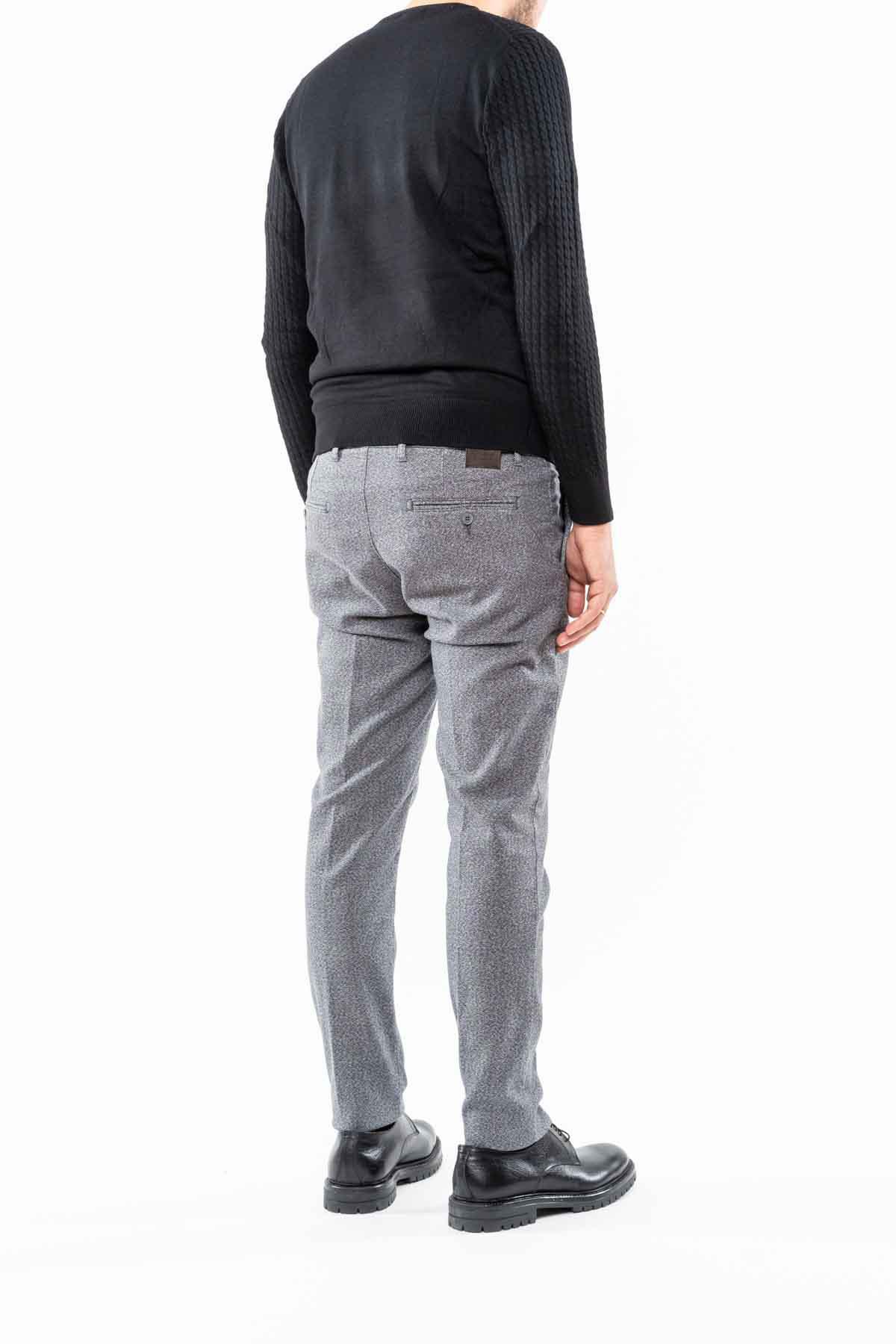 pantalone,grigio
